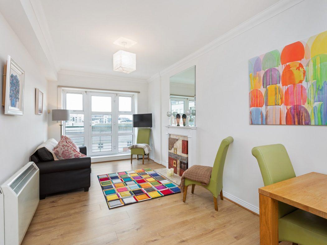 181 WS - Living room