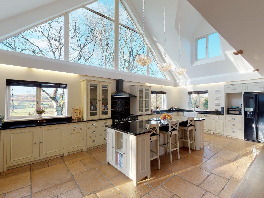 downstairs kitchen apex
