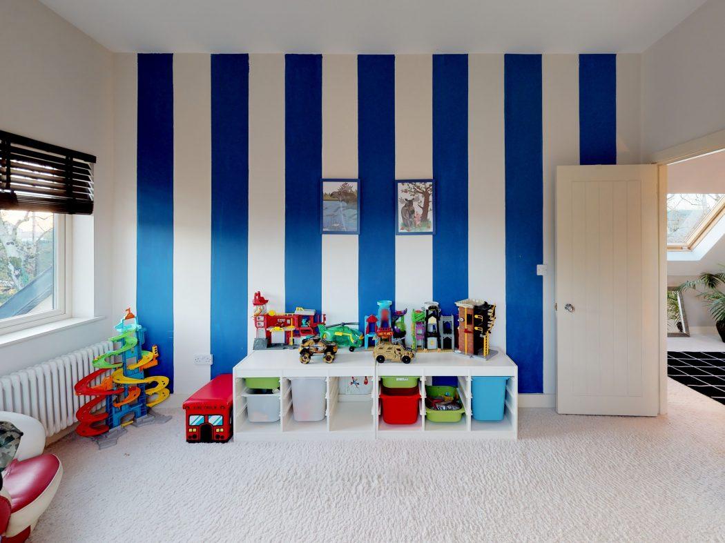 upstairs bedroom 2 in