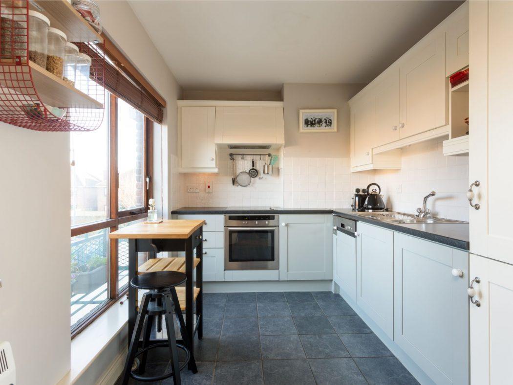 19 Glenmalure - Kitchen