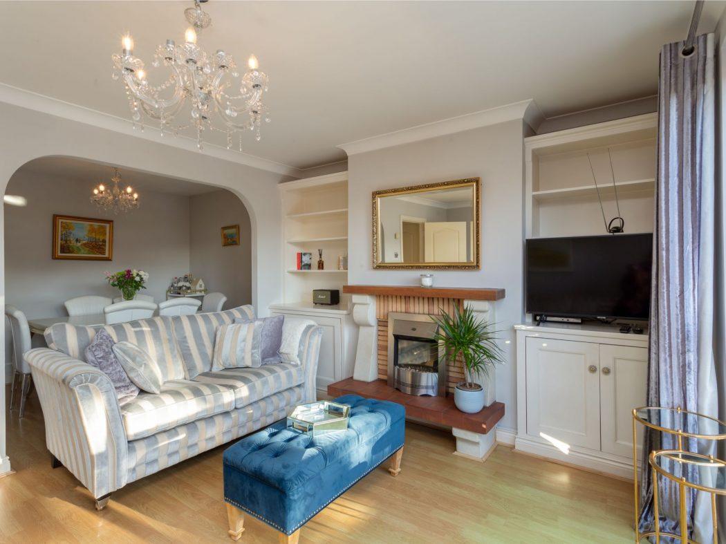 19 Glenmalure - Living room