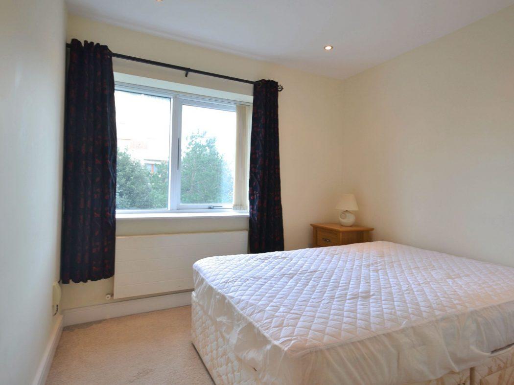 194 Wyckham - Bedroom2