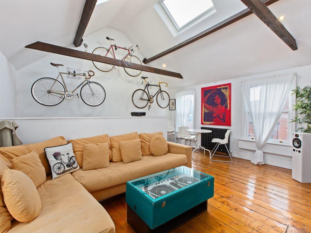 79 St Augustine St living room (5)