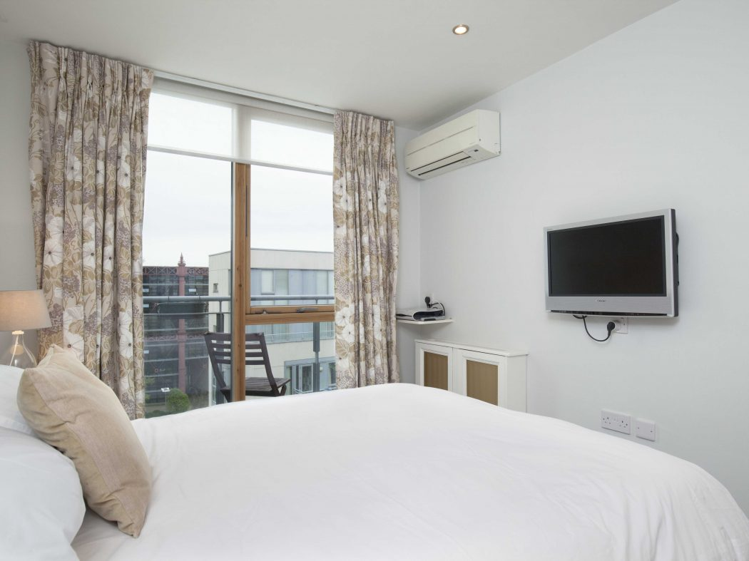 88 The Hibernian Bedroom 2b