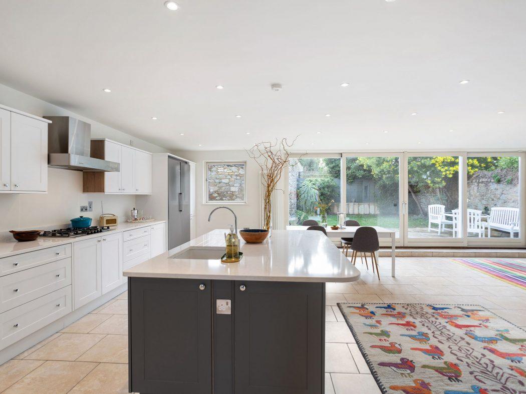 13 Sandycove - kitchen3