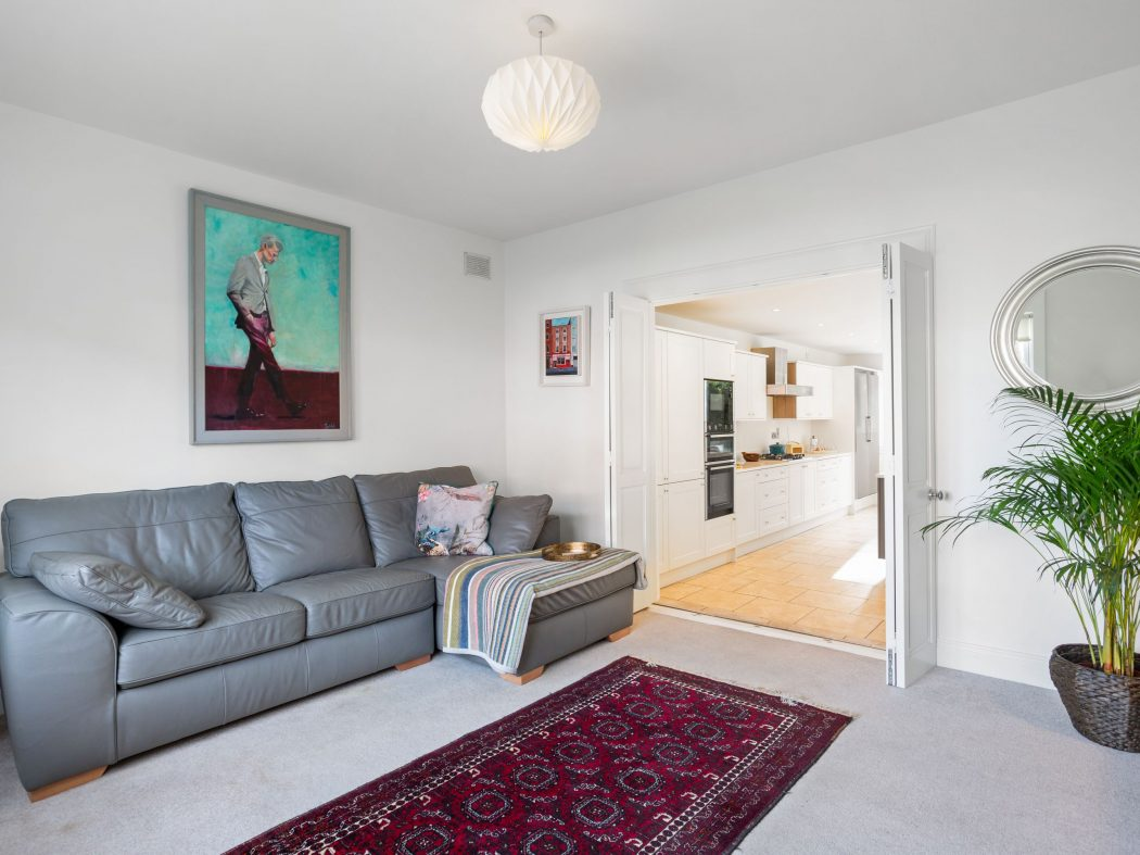 13 Sandycove - living room