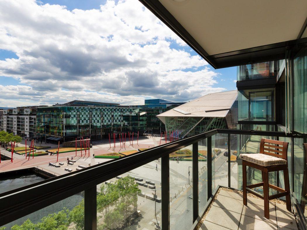26 Hanover Dock Views
