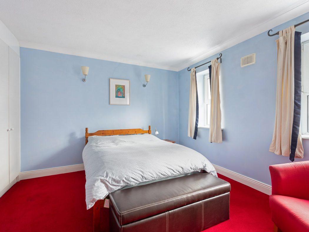 31 Hanover Court - Bedroom