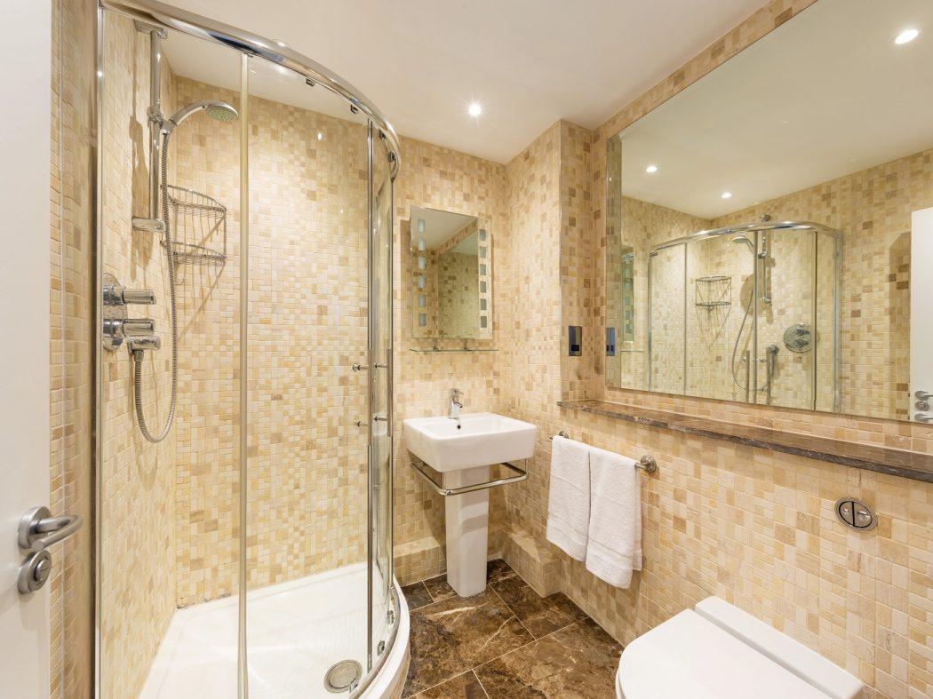 67 MT - bathroom