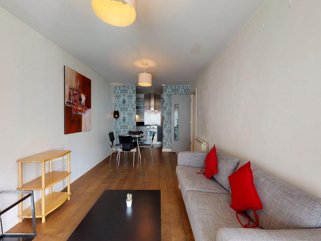 2 Gallery Quay - Living room 2