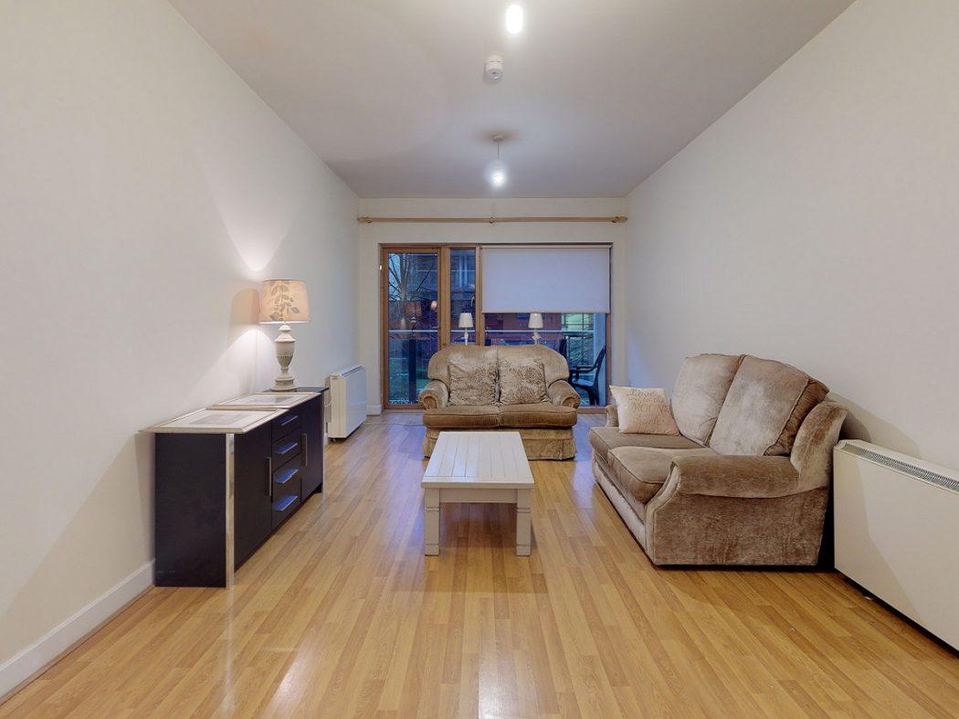3 GQ B1-Living room