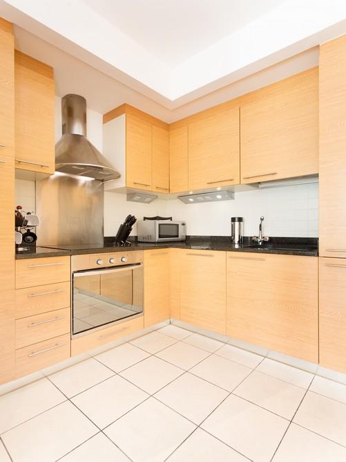 67 hanover dock-kitchen 2