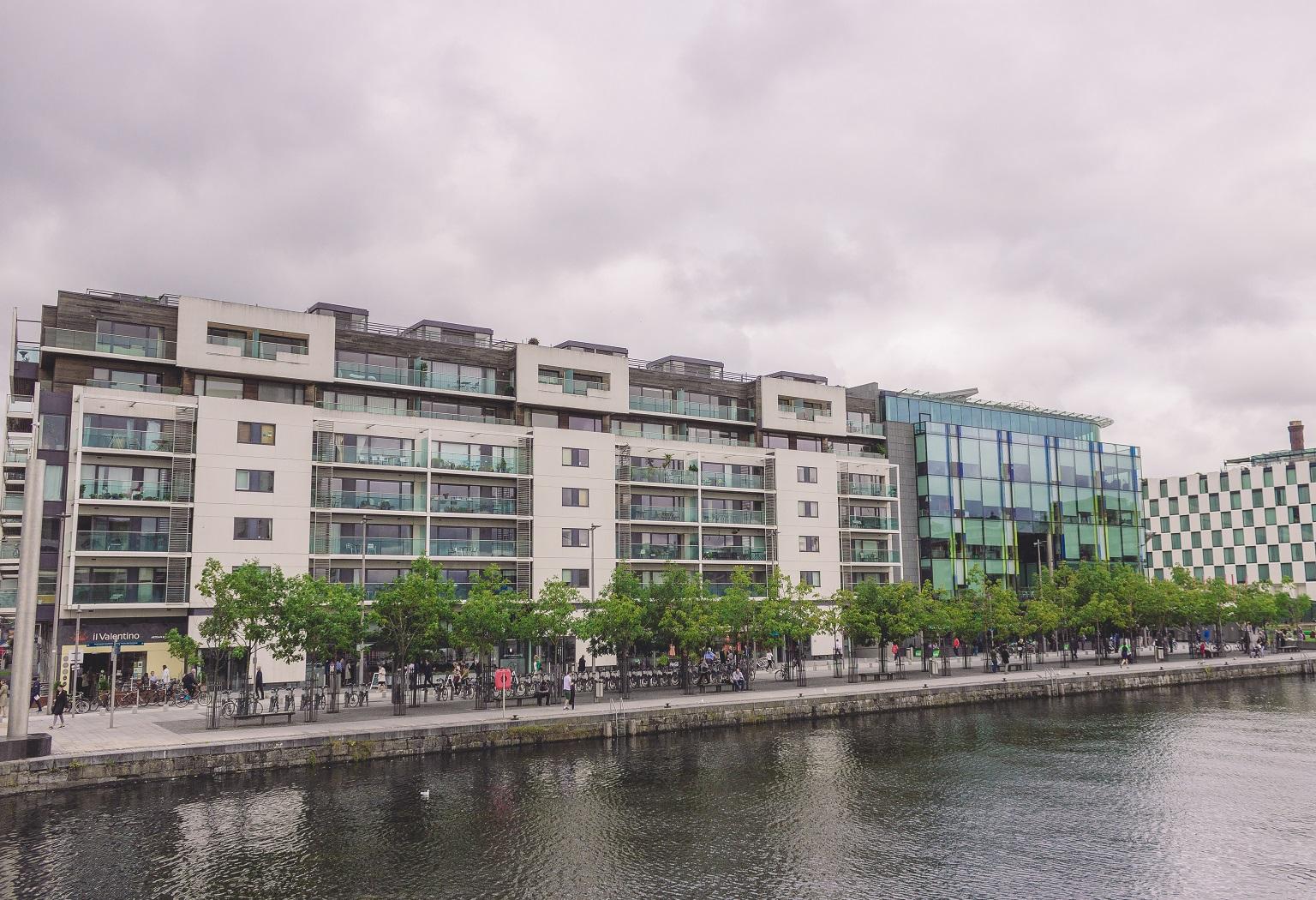 17 Gallery Quay, Block 1, Grand Canal Dock, Dublin 2.