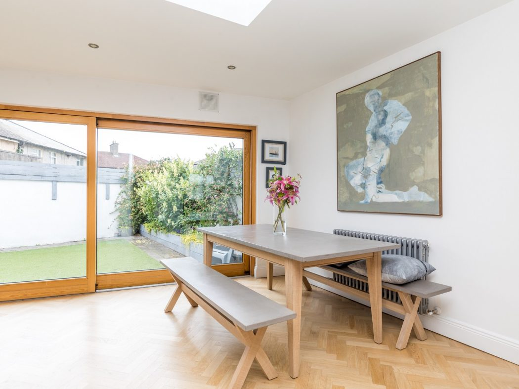 2 Gilbert Road - Dining table to garden