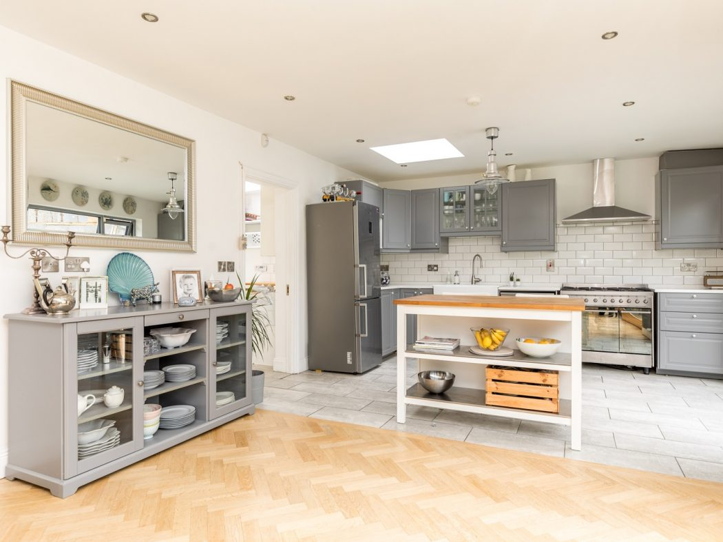 2 Gilbert Road - Kitchen