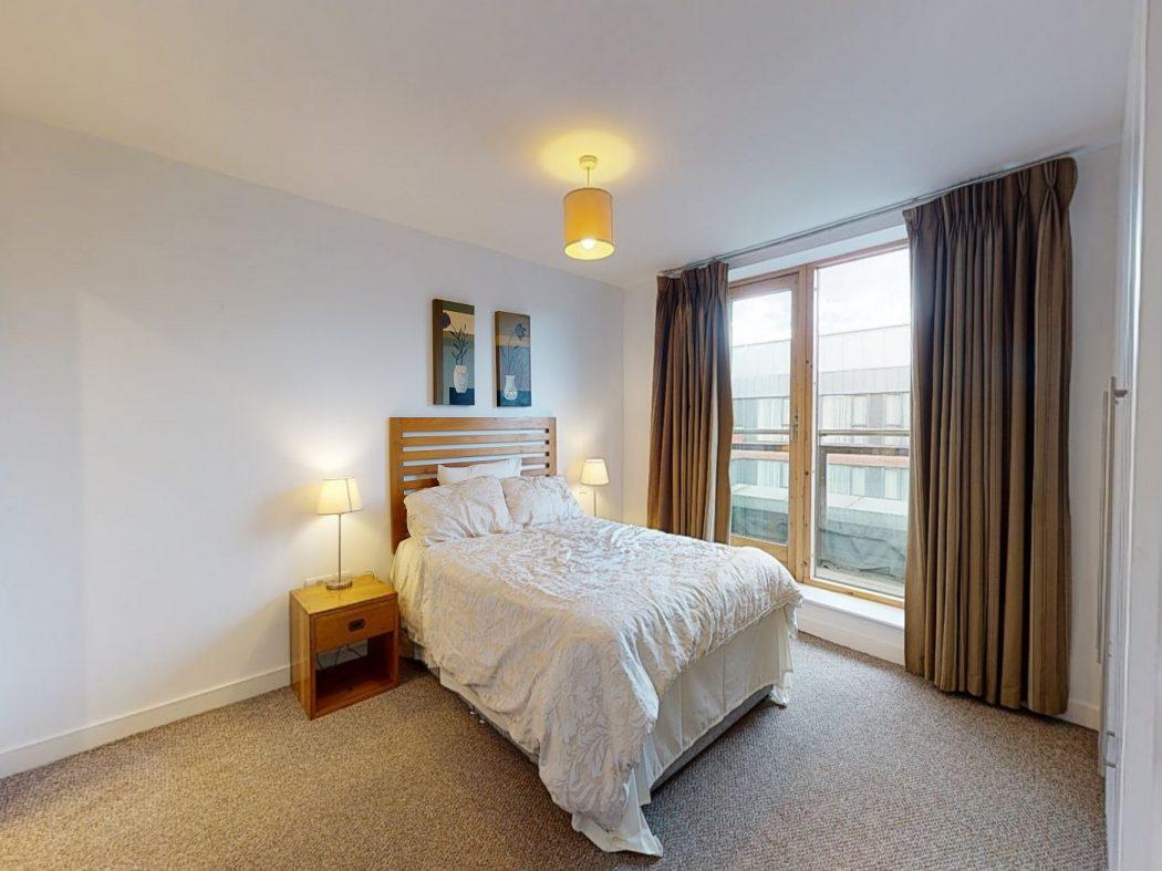 60 SM - Master bedroom